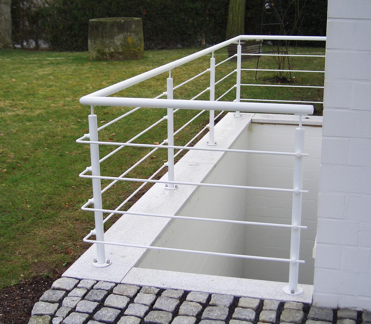 balkongelaender metallbau senge